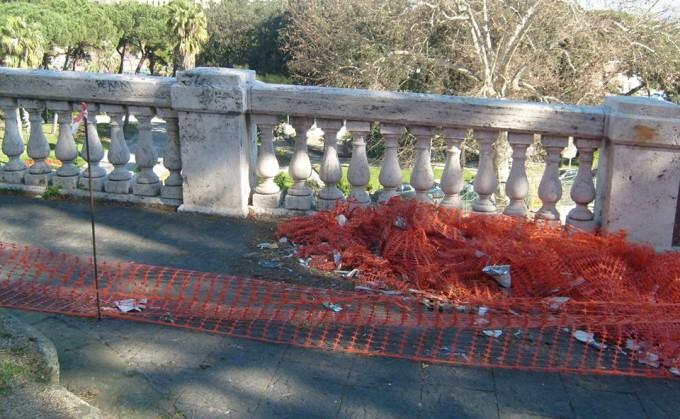 Napoli dice basta all'incuria: più pulizia delle strade del centro