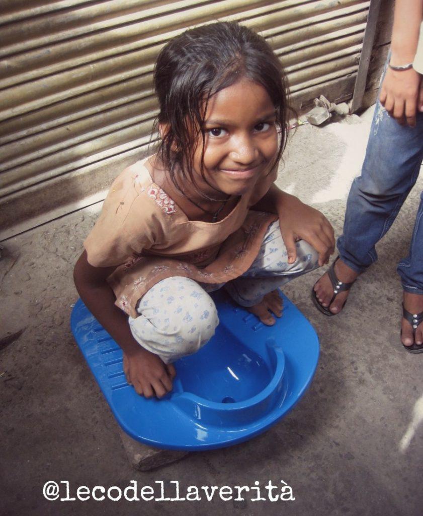 India, la gente non vuole i Wc: igiene al collasso
