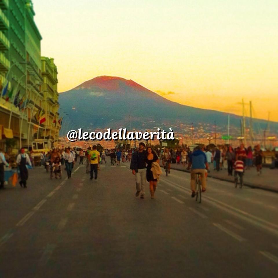 si vive felicemente a Napoli