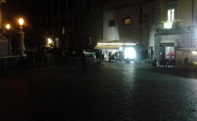 centro storico al buio