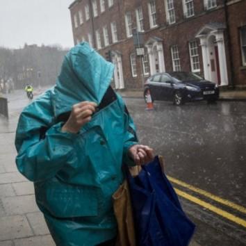 Tempesta Imogen mette KO la Gran Bretagna