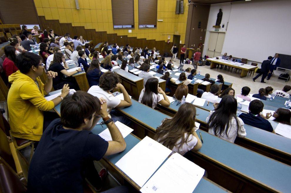 Napoli, universitari a dibattito sul Referendum