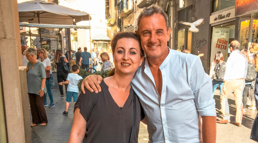 Craig Warwick con Valeria Russo