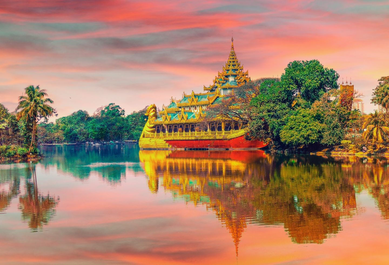 Birmania tra pagode e sorrisi