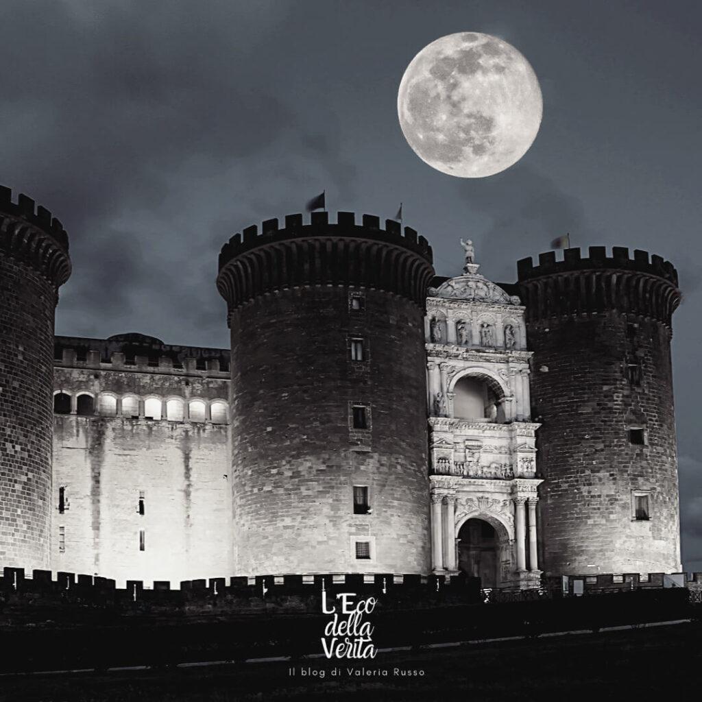 Luna piena a Napoli